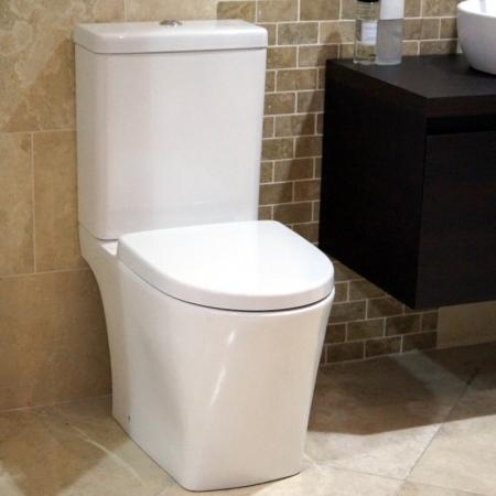 Complete Saneux Indigo Close Coupled Toilet Cistern & Seat