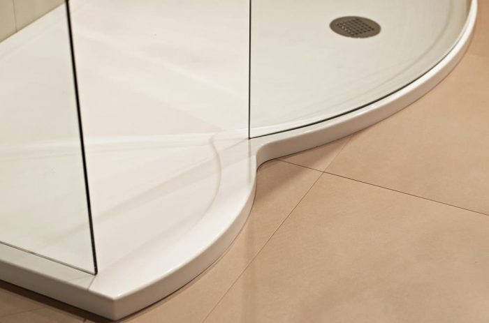 Roman Colossus 1450mm right white shower tray and waste FCT1R