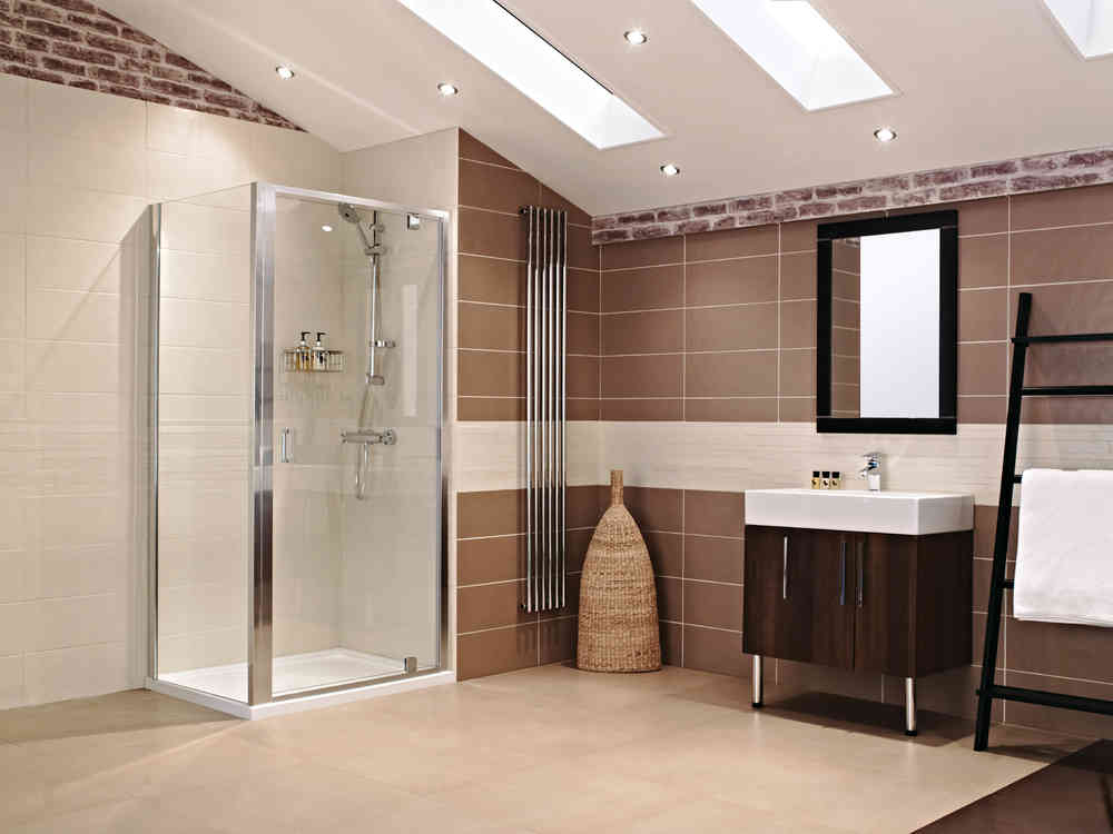 Roman Lumin8 1000 Inswing Shower Door V8K1013S