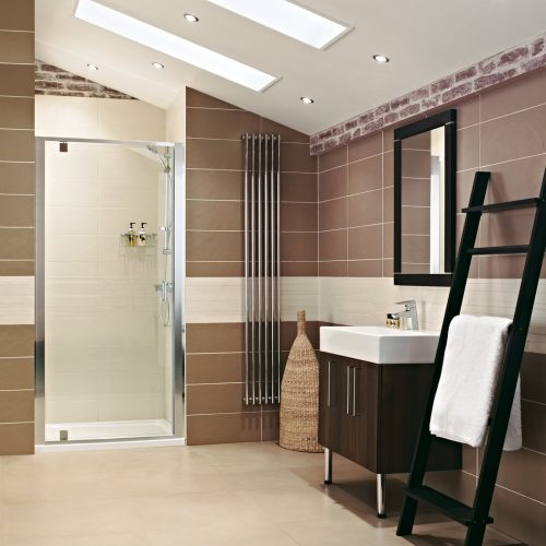 Roman Lumin8 760 Inswing Shower Door V8K7613S-0