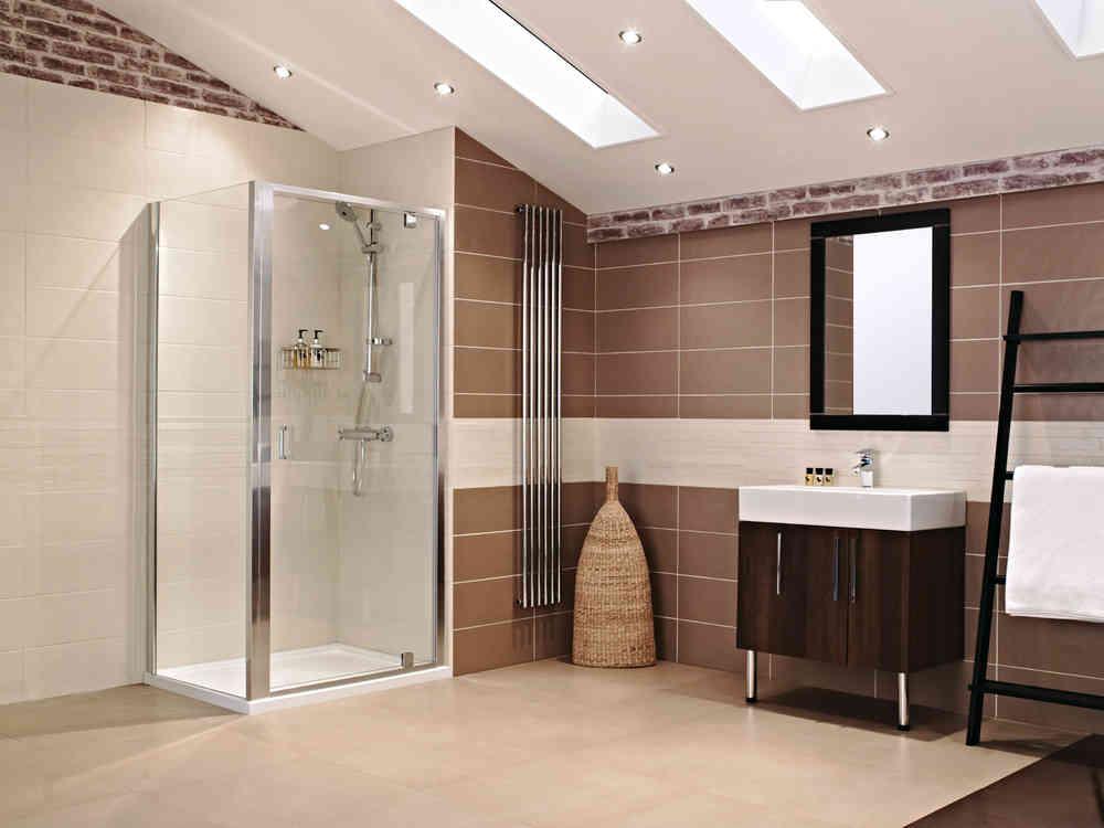 Roman Lumin8 760 Inswing Shower Door V8K7613S-8931