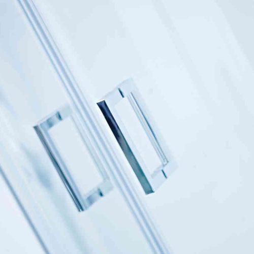 Roman Lumin8 1000 x 800 One Door Offset Quadrant V8SQ81013S