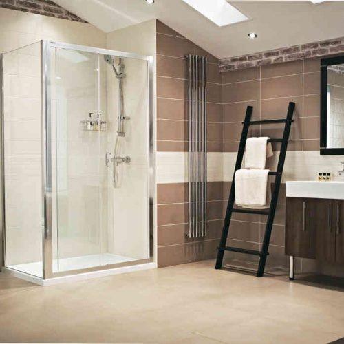 Roman Lumin8 1500 Sliding Shower Door V8T1513S