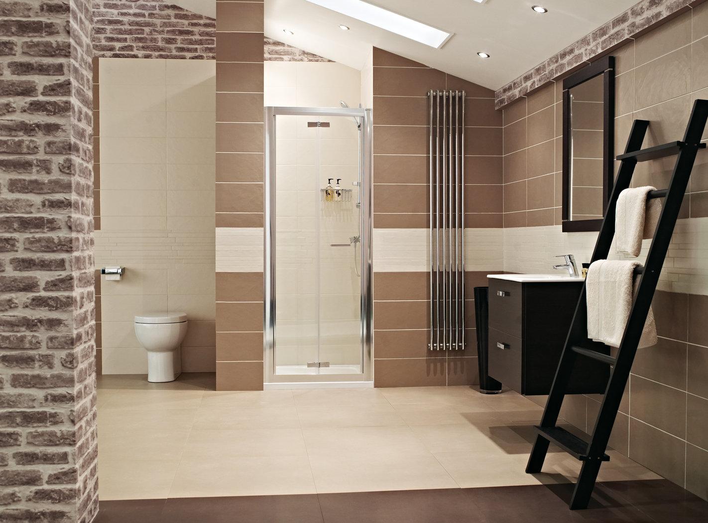 Roman Lumin8 800 Bi-Fold Shower Door V8V13S-8839