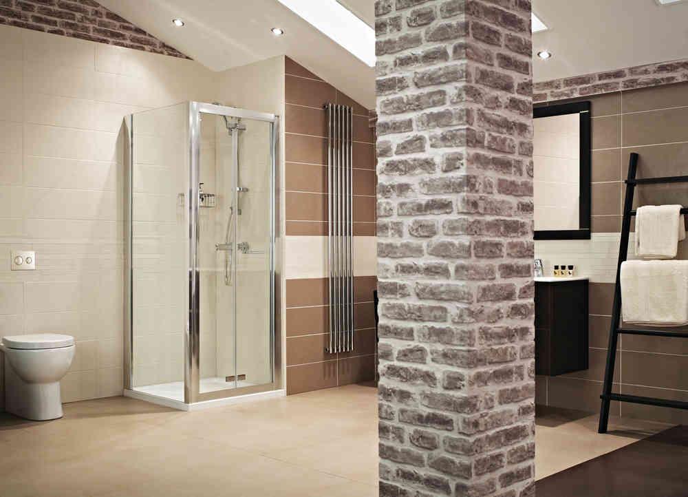Roman Lumin8 800 Bi-Fold Shower Door V8V13S