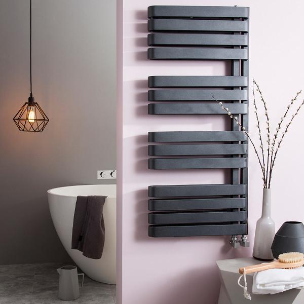 Bauhaus Svelte 500 x 1100mm Metallic Matt Black Towel Rail-15807