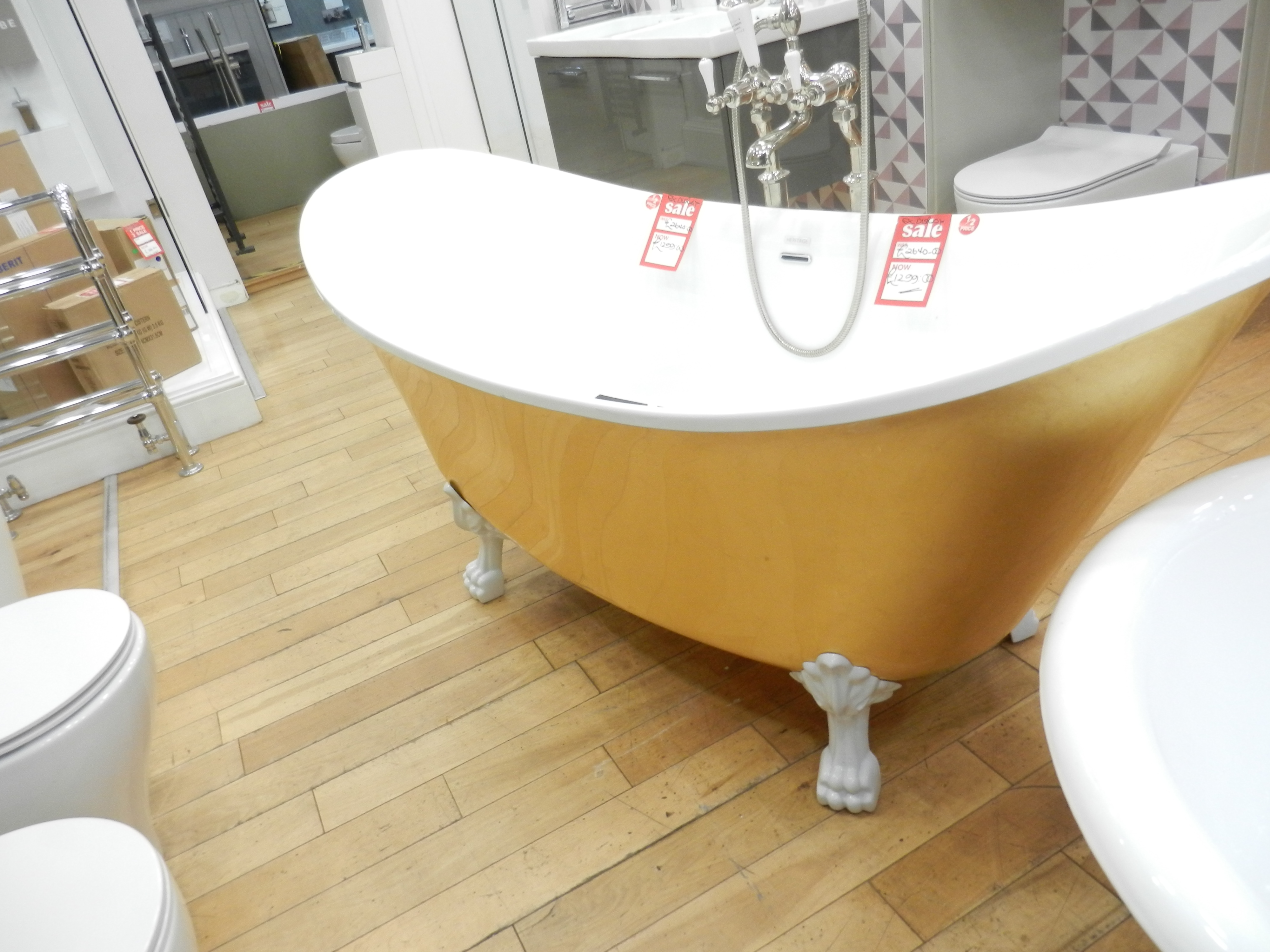 Ex Display Heritage Gold Coloured Free Standing Bath inc Feet and Tap-0