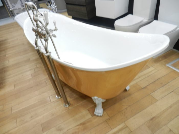 Ex Display Heritage Gold Coloured Free Standing Bath inc Feet and Tap-19145